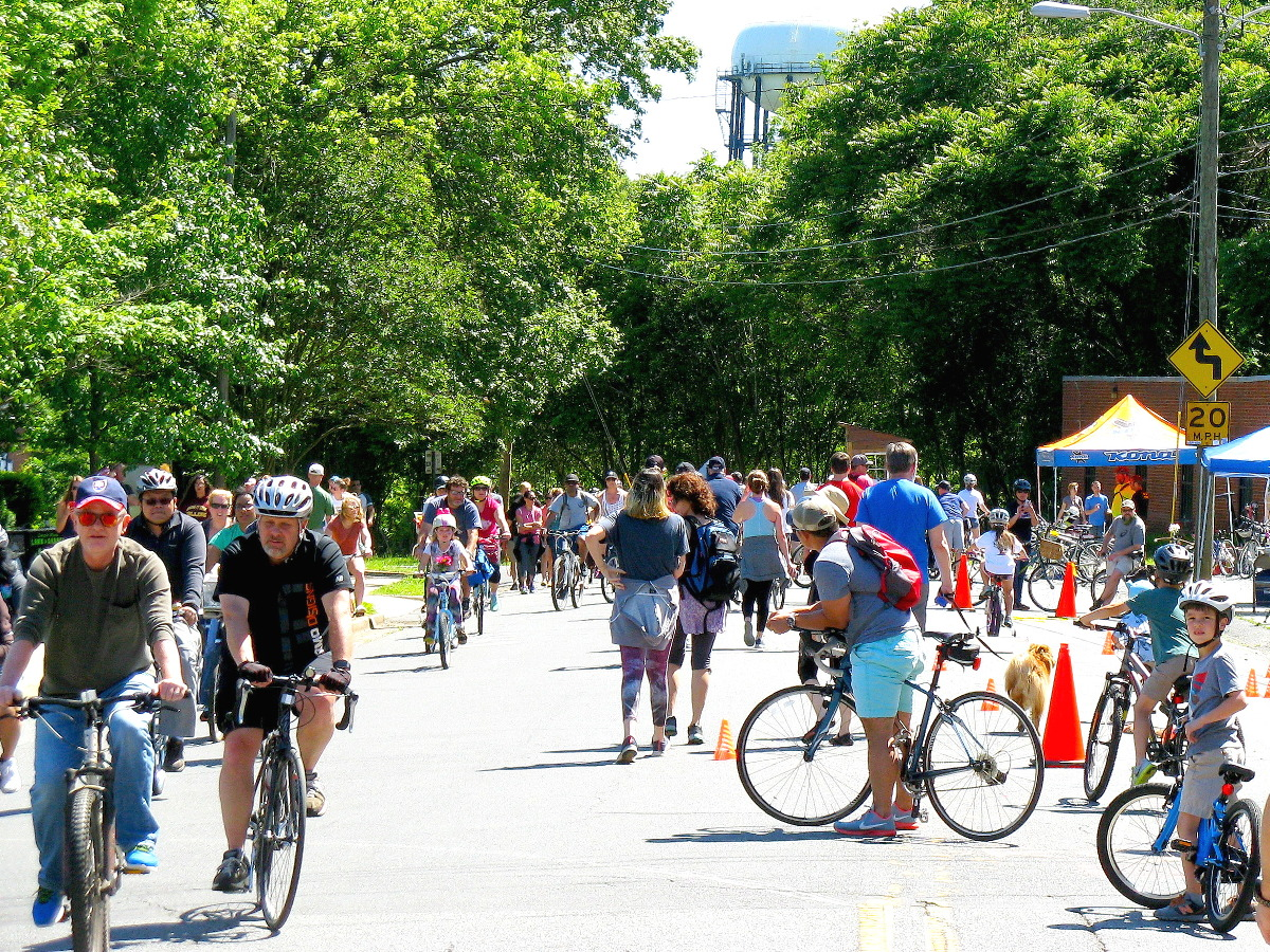 Open Streets 704